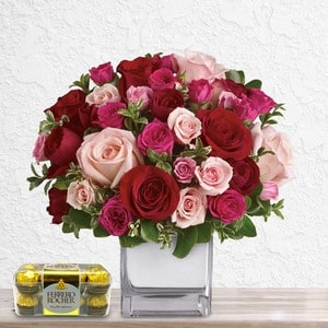 Mixed Love Bouquet (with Chocolates) | Buy Flowers in Dubai UAE | Gifts