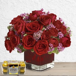Forever yours (with Free Chocolates)   Buy Packages / Bundles in Dubai UAE   Gifts