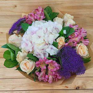 Elegancia | Buy Flowers in Dubai UAE | Gifts
