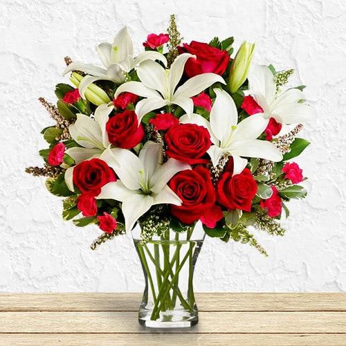 Lavish & Grand   Buy Flowers in Dubai UAE   Gifts