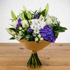 Elegant Amour   Buy Flowers in Dubai UAE   Gifts