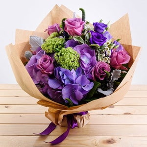 Cuteness with Hazelnut Cake Package | Buy Flowers in Dubai UAE | Gifts