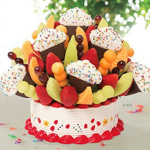 Grand Confetti Fruit Cupcake | Buy Desserts in Dubai UAE | Gifts