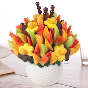 Golf Keepsake Melon Delight with Dipped Daisies | Buy Desserts in Dubai UAE | Gifts