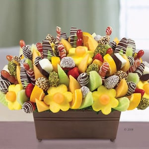 Sensational Centerpiece | Buy Desserts in Dubai UAE | Gifts