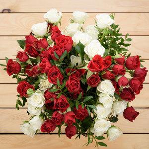 Je T'aime | Buy Flowers in Dubai UAE | Gifts