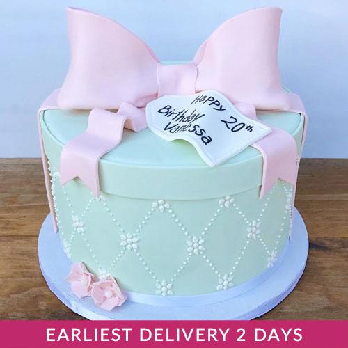 Sensational Happy Birthday Gift Cake Buy Cakes In Dubai Uae Gifts Funny Birthday Cards Online Alyptdamsfinfo