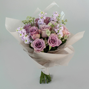 Head Over Heels Flowers | Buy Flowers in Dubai UAE | Gifts