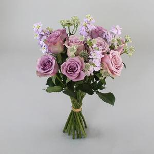 Head Over Heels Flowers | Buy Flowers in Dubai UAE | Gifts