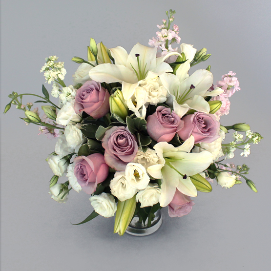 Escapades   Buy Flowers in Dubai UAE   Gifts