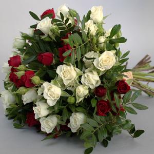Je T'aime   Buy Flowers in Dubai UAE   Gifts