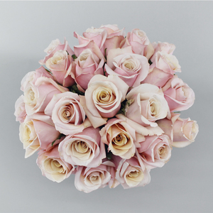 Pink & Pearl Flower Bouquet | Buy Flowers in Dubai UAE | Gifts
