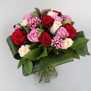 Everyday Elegance | Buy Flowers in Dubai UAE | Gifts
