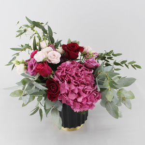 Extraordinary Flower Arrangement| Buy Flowers in Dubai UAE | Gifts