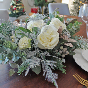 White Christmas Flower Centerpiece | Buy Christmas Flower Collection in Dubai UAE | Gifts