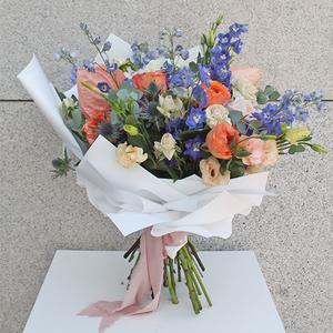 Delicate | Buy Flowers in Dubai UAE | Gifts