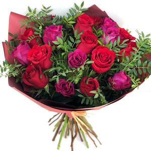 Valentine's Day Arrangement | Buy Flowers in Dubai UAE | Gifts