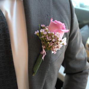 Lovestruck Boutonniere | Buy Bridal Bouquets in Dubai UAE | Wedding flowers
