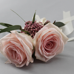 Adore Corsage | Buy Bridal Bouquets in Dubai UAE | Wedding flowers