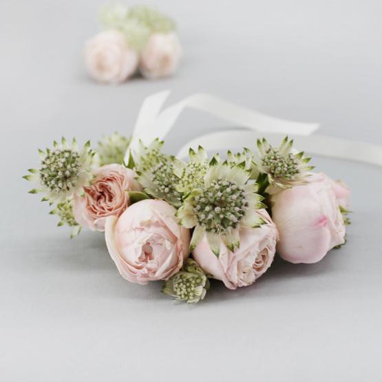 Cherish Corsage   Buy Bridal Bouquets in Dubai UAE   Wedding flowers