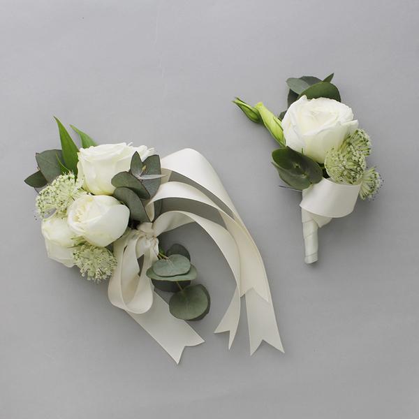 Heaven Scent Corsage | Buy Bridal Bouquets in Dubai UAE | Wedding flowers