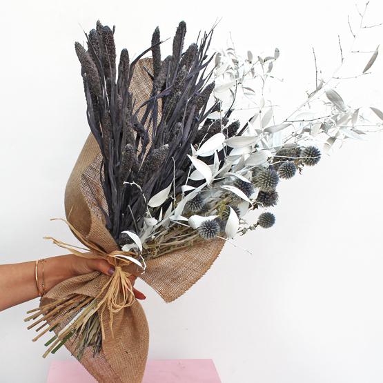 Navy Affair | Buy Flowers in Dubai UAE | Gifts