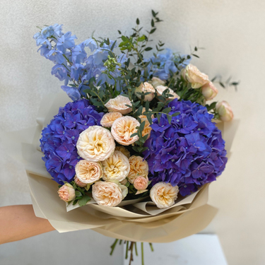 Royal Blue Bouquet   Buy Flowers in Dubai UAE   Flower Bouquet