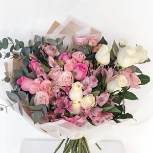 Artistic Melody Bouquet| Buy Flowers in Dubai UAE | Flower Bouquet