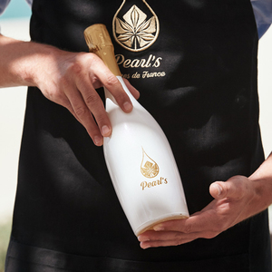 Pearl Sparkling Grape Juice   Buy Flowers in Dubai UAE   Flower Bouquet